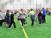 009 Sindi gümnaasiumi 1. ja 2. klassi segarühm Tallinnas. Foto: Urmas Saard