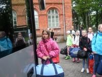 022 Sindi gümnaasiumi lapsed teel laulupeole. Foto: Urmas Saard