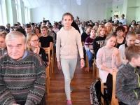 013 Sindi gümnaasiumi märk igale õpilasele. Foto: Urmas Saard