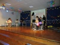 003 Sindi gümnaasiumis algas hommik tutipeoga. Foto: Urmas Saard