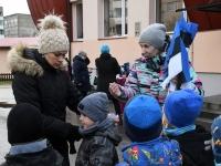 004 Sindi lasteaed tähistab koduriigi 102. sünnipäeva. Foto: Urmas Saard