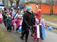 034 Sindi lasteaed tähistab koduriigi 102. sünnipäeva. Foto: Urmas Saard