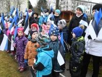 053 Sindi lasteaed tähistab koduriigi 102. sünnipäeva. Foto: Urmas Saard