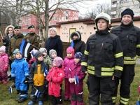 054 Sindi lasteaed tähistab koduriigi 102. sünnipäeva. Foto: Urmas Saard