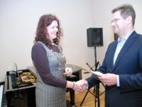016 Sindi linnavalitsus tänab muusikakooli. Foto: Urmas Saard