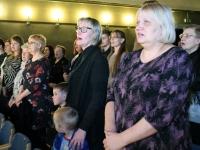 002 Sindi muusikakooli kingitus saja-aastasele Eesti Vabariigile. Foto: Urmas Saard