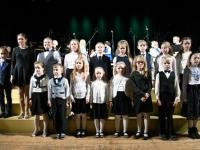 013 Sindi muusikakooli kingitus saja-aastasele Eesti Vabariigile. Foto: Urmas Saard