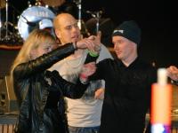 001 Pille Amur korraldab ansamblite vahetumise ajal seltskonna mänge