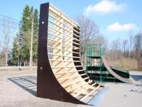 001 Sindi skatepark täieneb kahe opstaakliga. Foto: Urmas Saard
