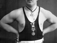 Johann Aleksander Sirmann. 1912 raskekaalus Venemaa tõstemeister, 1909–12 Baltimaade ja Liivimaa meister. Foto Marko Šorini erakogust