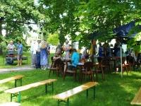 Sindi seltsimaja esises pargis.  Foto: Kärt Saard