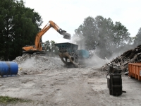 012 Sindis, Pärnu mnt 26 hoone lammutamine. Foto: Urmas Saard