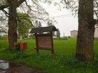 Kassinurme küla postkastid ootavad heade sõnumitega kirju ka suvistepühadel. Foto: Jaan