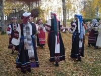 Setod Tapikul tantsimas. Foto: Jaan Lukas