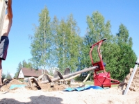 003 Tihase tänava mänguväljaku ehitus. Foto: Urmas Saard