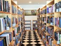 """008 Tiina Ojaste """"Muutumised"""" Sindi raamatukogus. Foto: Urmas Saard / Külauudised"""