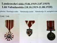 003 Tiina Tojak:  paralleele Läti ja Eestiga. Kuvatõmmis loengult