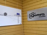 004 Ülo Soometsa isikunäitus Tori bussijaamas. Foto: Urmas Saard / Külauudised
