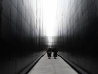 002 Väärikatega Maarjamäel. Foto: Urmas Saard