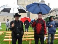 012 Ülo Kannisto (keskel). Vaba Rahva Laul Haapsalu Piiskopilinnuse õuel. Foto: Urmas Saard / Külauudised