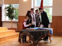 3 Vabariigi lipu õnnistamine Jakob Westholmi gümnaasiumis. Foto: Kaia Rikson
