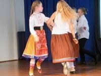 004 Vanavanemate päeva tähistamine Sindi gümnaasiumis. Foto: Urmas Saard