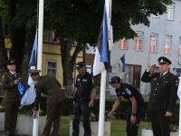 Varahommikune võidupüha lippude heiskamine Paide Keskväljakul. Foto: Urmas Saard / Külauudised