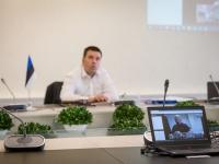 003 Videokonverents regioonide juhtidega. Foto: Stenbocki maja