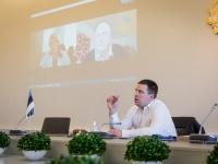 008 Videokonverents regioonide juhtidega. Foto: Stenbocki maja