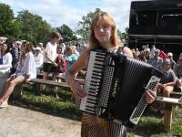 Viljandi XXVIII pärimusmuusika festivali avakontsert Kaevumäel. Foto: Urmas Saard / Külauudised