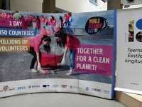 004 World Cleanup Day pressikonverents Tallinna Ülikoolis. Foto: Urmas Saard
