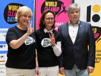005 World Cleanup Day pressikonverents Tallinna Ülikoolis. Foto: Urmas Saard