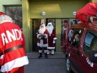 007 XVIII Ülemaaline Jõuluvanade konverents asus teele Sindist. Foto: Urmas Saard