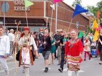 XXIII Viljandi pärimusmuusika festivalile saabumine ja rongkäik