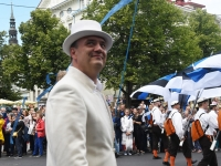 "016 XXVII laulu- ja XX tantsupeo ""Minu arm"" rongkäik. Foto: Urmas Saard"