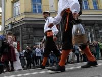 "024 XXVII laulu- ja XX tantsupeo ""Minu arm"" rongkäik. Foto: Urmas Saard"