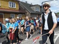 013 XXVII Viljandi pärimusmuusika festivali rongkäik. Foto: Urmas Saard