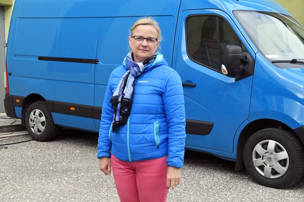 Anneli Uustalu mõtleb augustis toimuvale õuemüügipäevale. Foto Urmas Saard