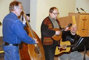 Ansambel Valge vene esineb Agape kirikus Foto Urmas Saard