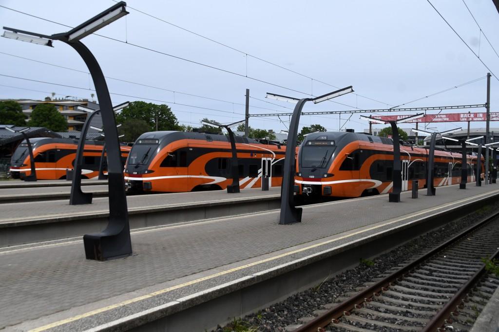 Elroni rongid Balti jaamas. Foto Urmas Saard