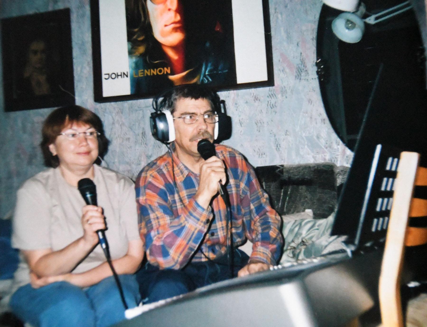 Ilme Prenge ja Valdur Prenge oma kodustuudios. Foto Prengede fotoalbumist