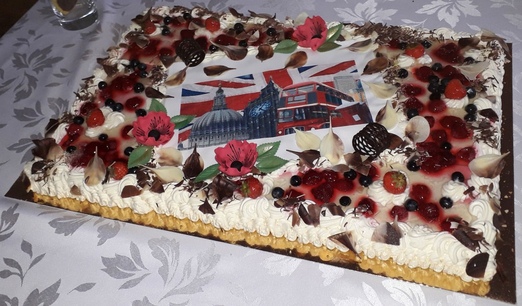 Inglismaa sümbolitega tort. Foto Silva Sikk