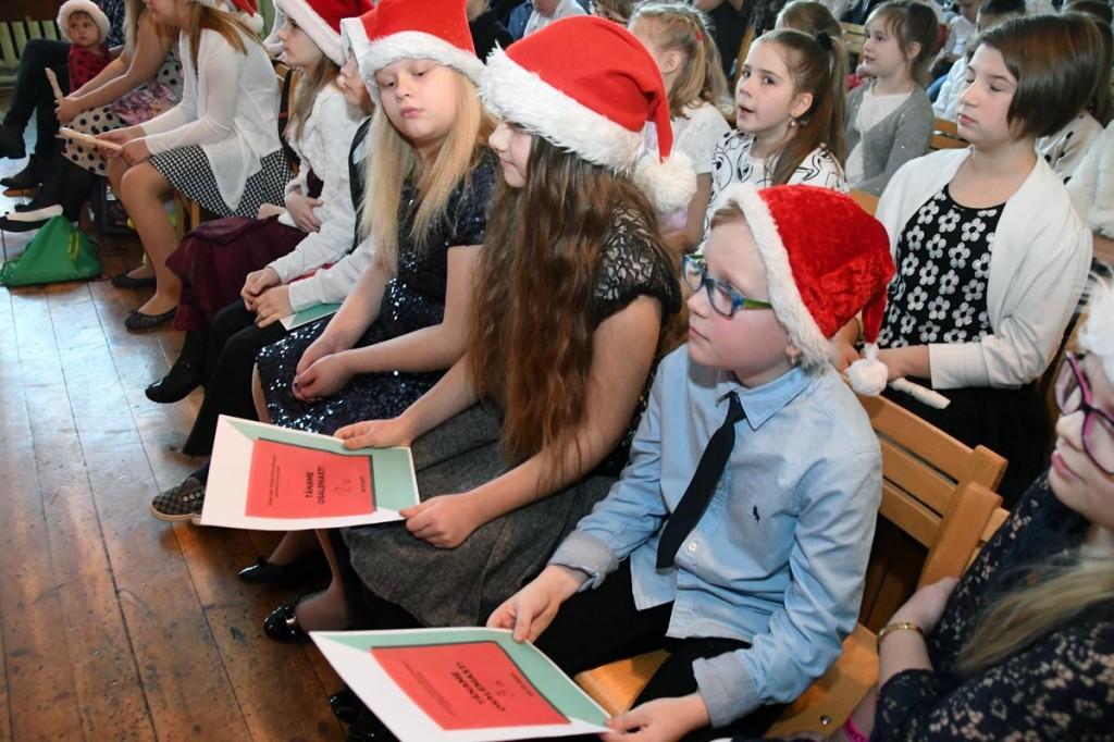 Jõuluaktus Sindi gümnaasiumis Foto Urmas Saard