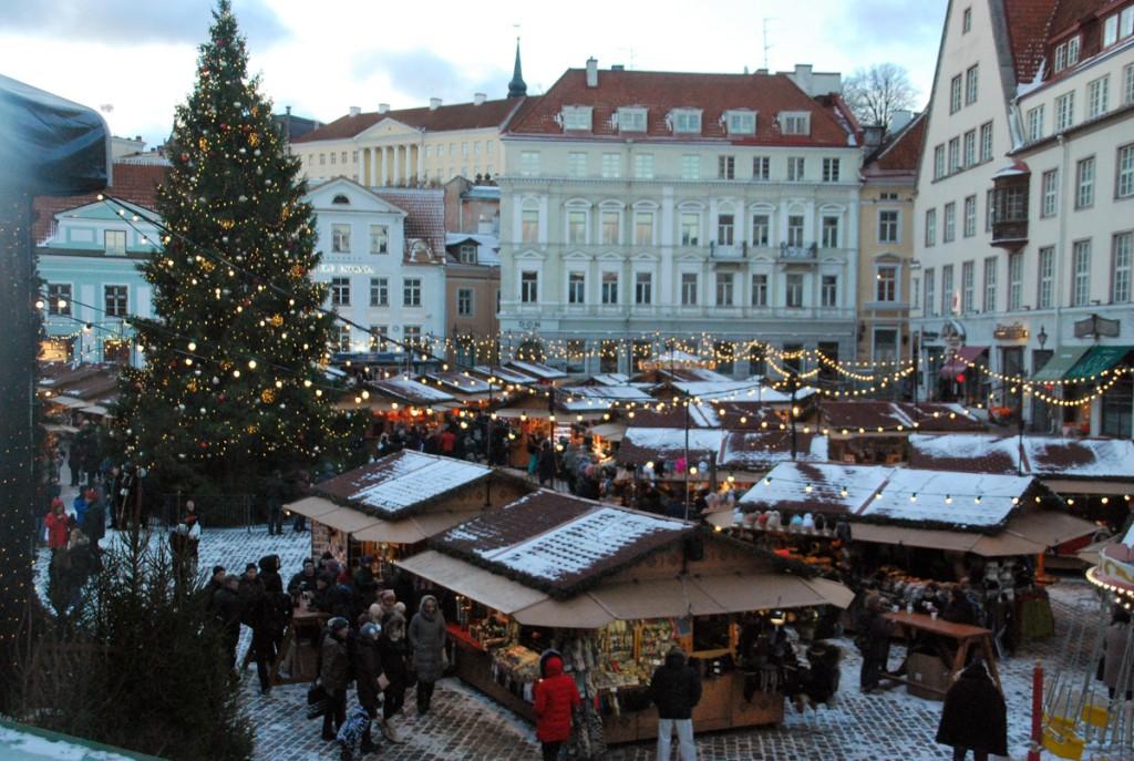 Jõuluturg Tallinnas Raekoja platsil Foto Urmas Saard