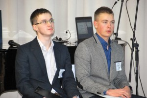 Joosep Roots ja Mihkel Šorin, investeerimiskoolituse käima lükanud Sindi noormehed Foto Urmas Saard
