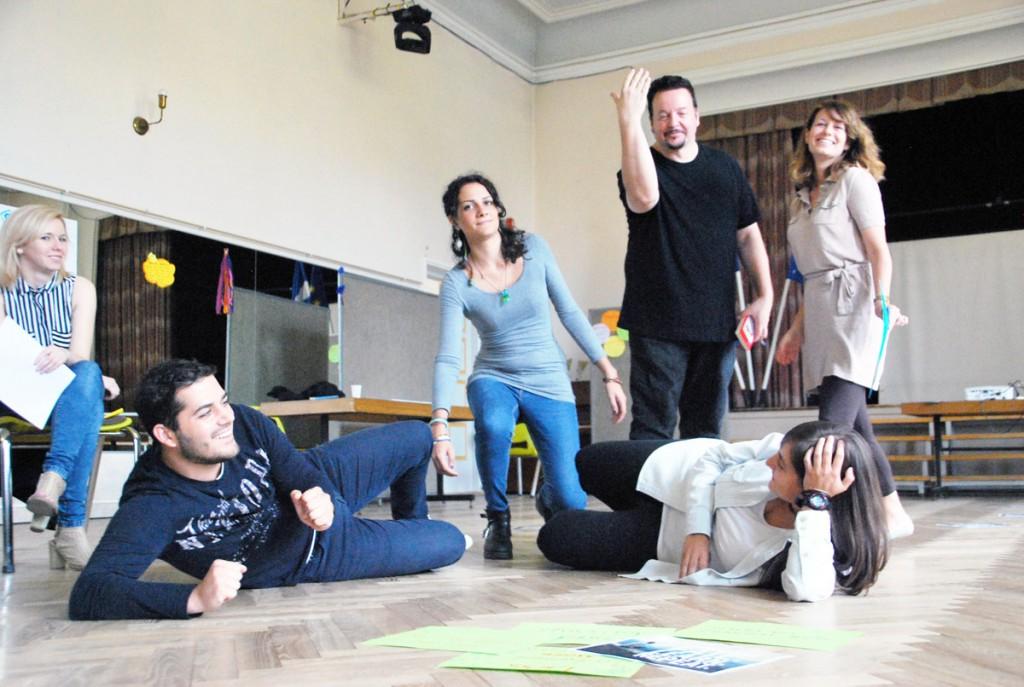 Kümne riigi osalusel toimuv koolitus Pärnu Nooruse majas Foto Urmas Saard