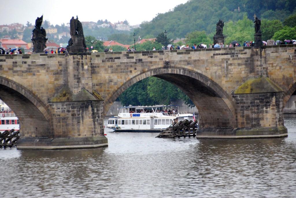 Karl IV pani Praha sillale nurgakivi 1357 a Foto Urmas Saard