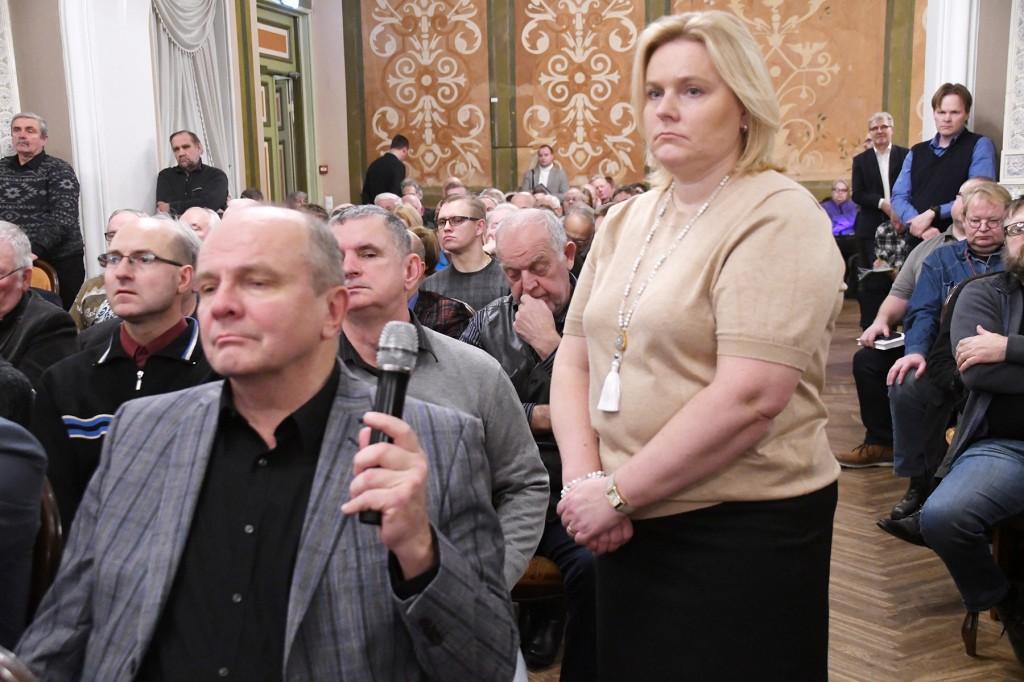Konservatiivide konverents Tallinnas, Õpetajate Maja kroonisaalis. Foto Urmas Saard