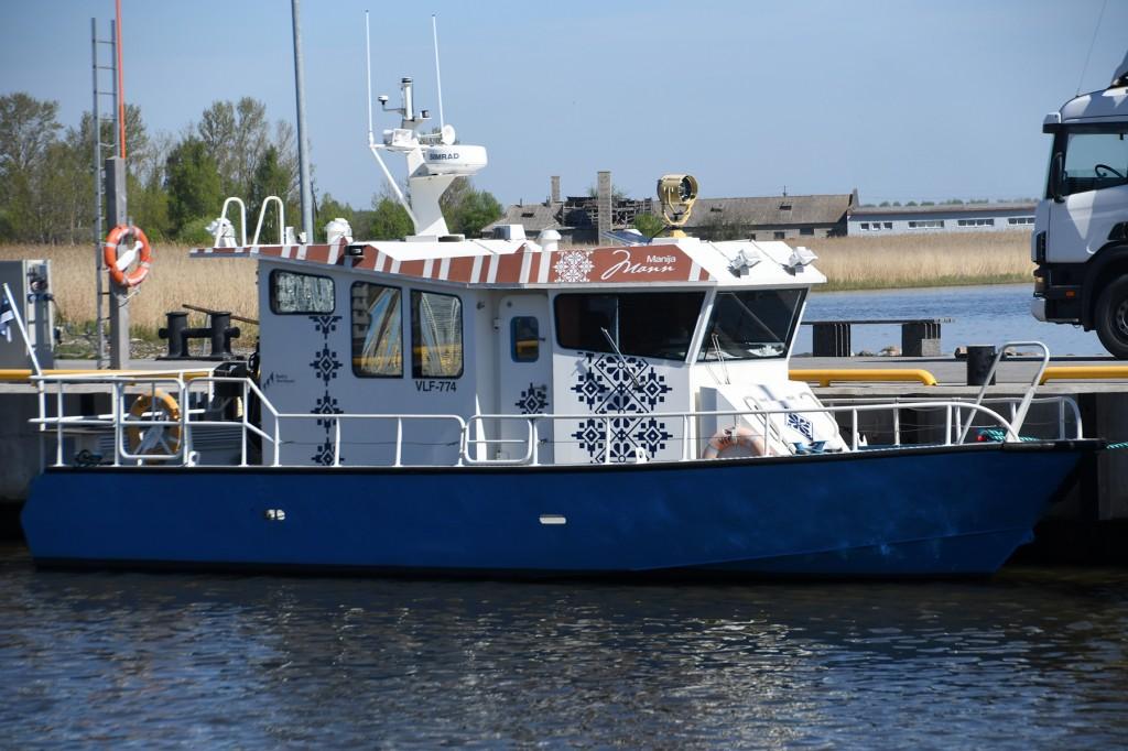 Liinilaev Mann Munalaiu sadamas. Foto Urmas Saard