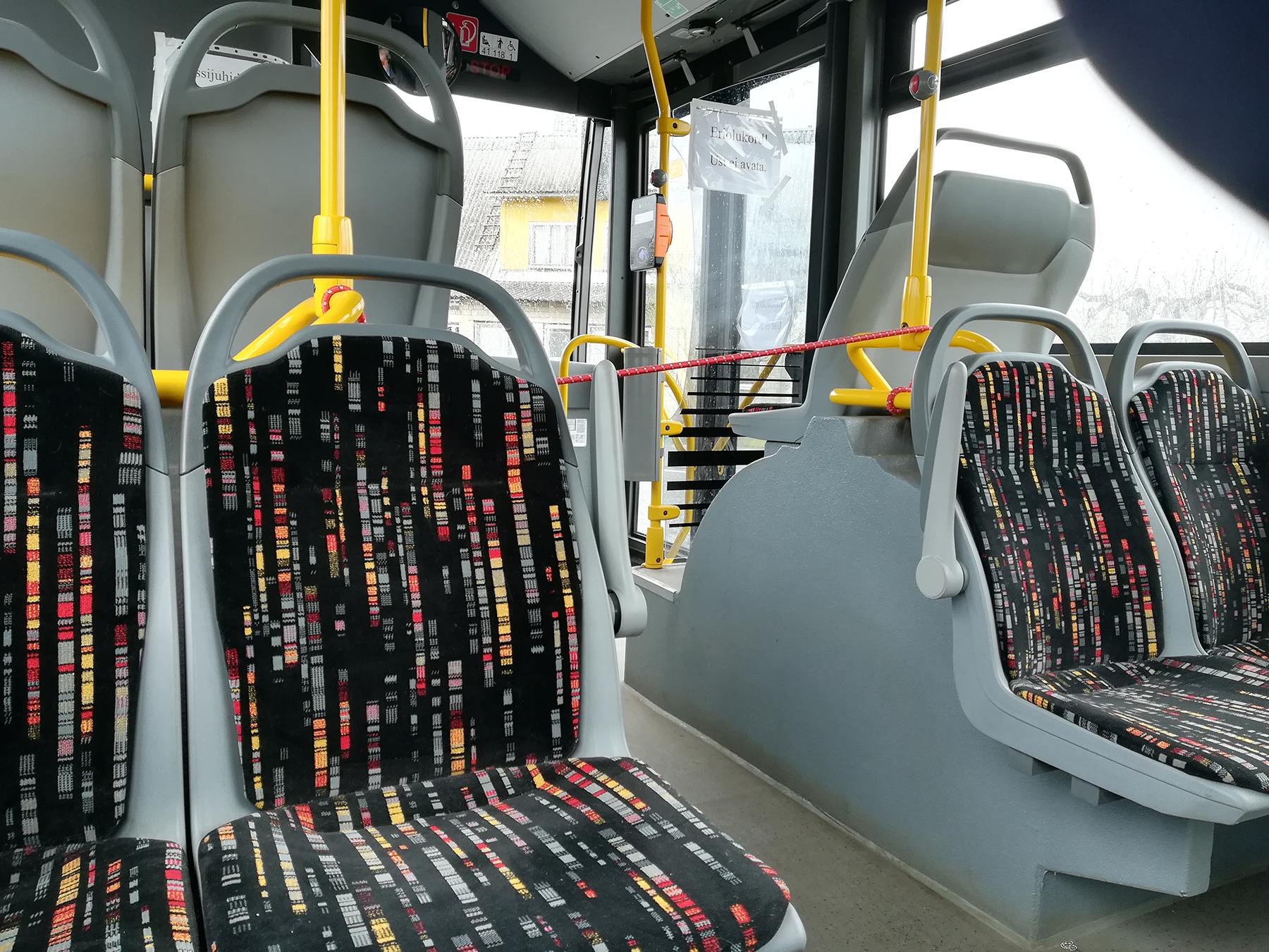 Linna ühistranspordi kasutamine tuletab pidevalt meelde ettevaatusabinõudega arvestamise vajalikkust. Foto: Urmas Saard